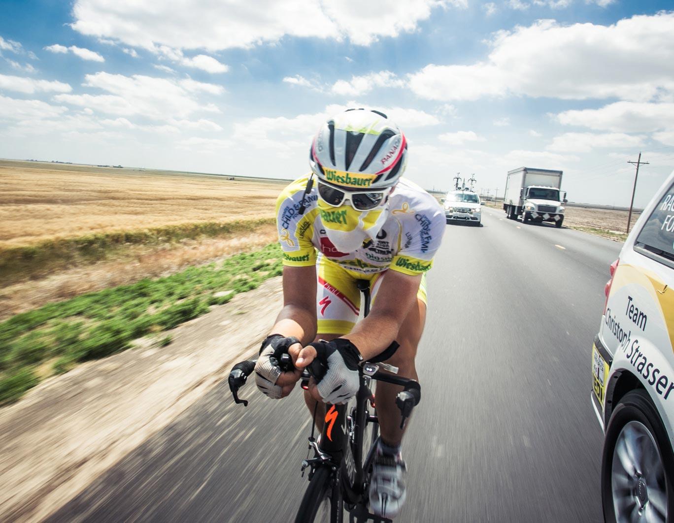 Christoph Strasser am Fahrrad fullwidth Bild